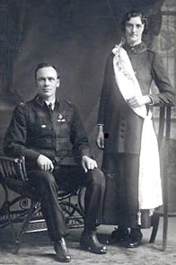 Eliza (Dudley) and John Murdoch.