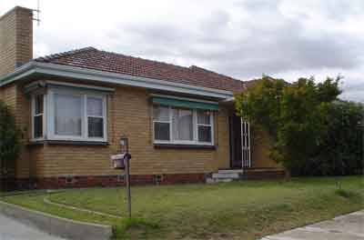 Its defences are down, 4 Flowers Street, South Caulfield in 2005.